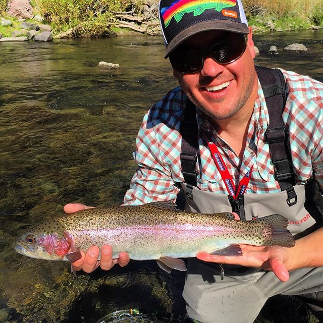 Ron was in town for a wedding this weekend and snuck away for a little early AM dry fly session on the EC. Here is one of the many rainbows he caught and released .Awesome fishing and no crowds . We love Fall fishing in the eastern sierras ! #fallishere #redingtongear #maketheconnection #sageflyfish #alpineflyfishing #easternsierras #catchandrelease #dryflies #redcheeks #tahoetroutsyndicate #eastsideplayers