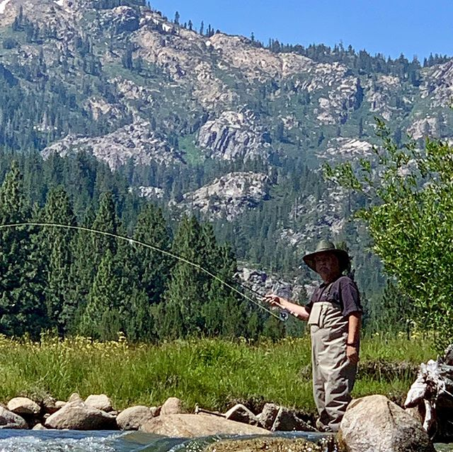The Father / Son duo Chuck and Sergio rallied to fish with us yesterday and had a fantastic day on the Ranch ! It was the first time either of them had touched a fly rod and both guys landed a ton of fish !!! I think we have 2 new fly fisherman for life !••••#alpineflyfishing #familygoals #flyfishing #easternsierra #alpinecounty #rainbowtrout #catchandrelease #scottflyrods #seewhatsoutthere #fishpondusa #beginnersluck #privatewater