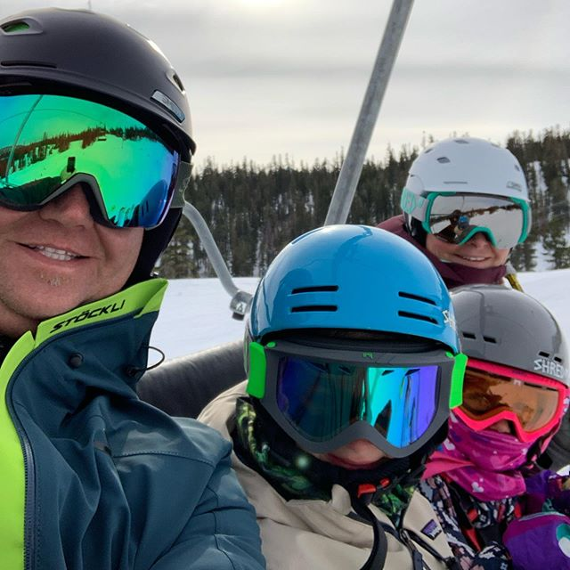 Super fun family trip to @mammothmountain this weekend ! This was the kids first time skiing at Mammoth and they crushed it ! Can't wait to get in a few more of these family missions this season …Plus the 49ers dominated so that was icing on the cake !#mammothmountain #mammothstories #stoeckli_1935 #stockli #niners #ninersfaithful #ninersempire #familytime