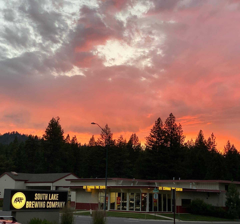 Lotta these sunsets this week ! #tahoe #sunsets #alpineflyfishing #beertography #summernights #blowingup